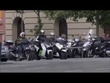 BMW Motorcycles - BMW C evolution | AutoMotoTV