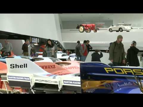 New Porsche Museum – Classic Porsche racing cars