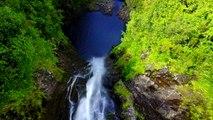 Retenez votre souffle et préparez-vous pour un plongeon extraordinaire à travers les cascades de l'île de La Réunion ! 1,2,3 c'est parti !#LaReunion #gotoreun