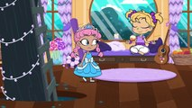 GIANT APPLE PIE  Kiddyzuzaa Land: Episode 7  Princess Olivia Meets A Talking Giant Surprise Egg!