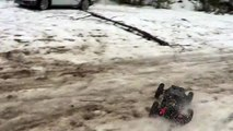 Losi DBXL Flux - Brushless slush and snow bashing with 15 kW (20 hp)