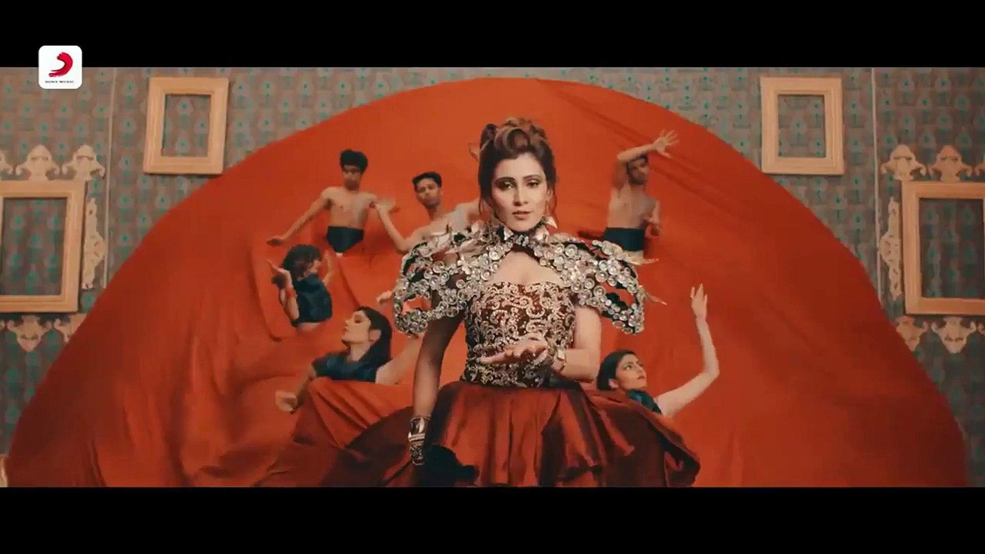 Tera buzz mujhe jeene na de WhatsApp Status video 2018 Aastha Gill & Badshah rap YouTube