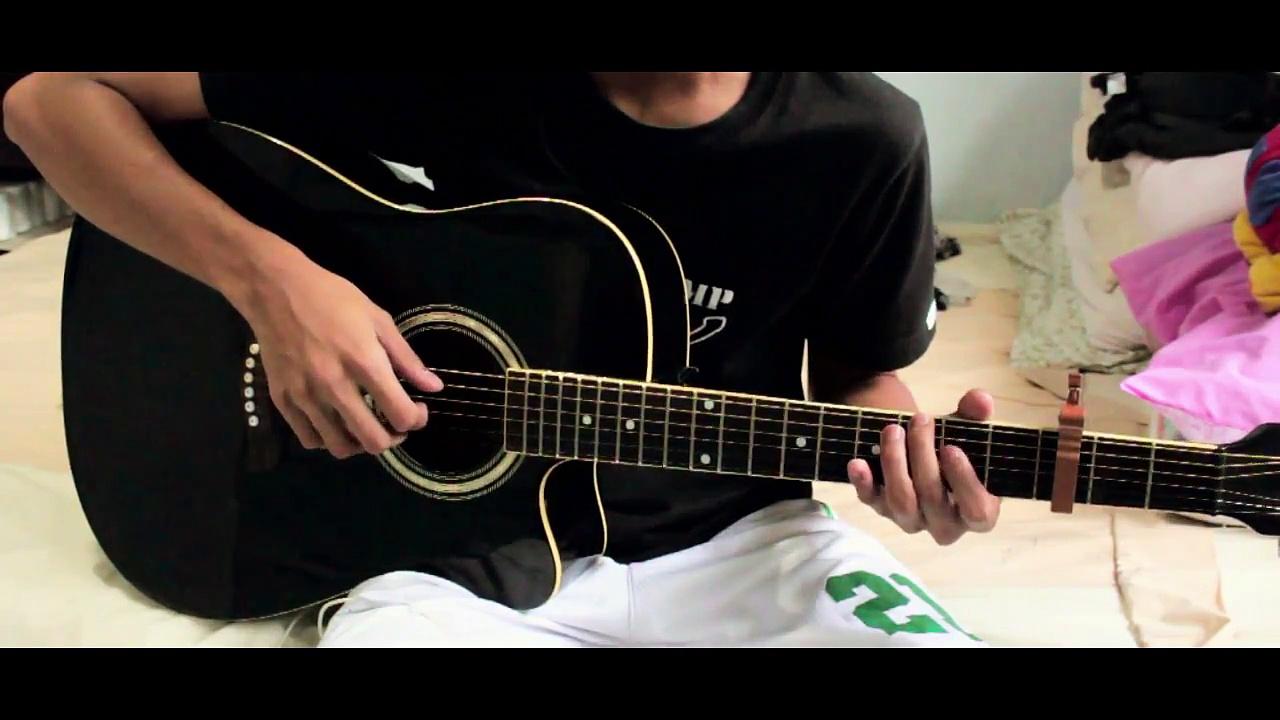Alone (Alan Walker) – Fingerstyle arrangement by Naiah Yabes