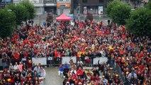 1500 personnes sur la place des tilleuls à Andenne, pour le match des Diables