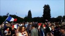 Les habitants du Bassin Minier fêtent la victoire des Bleus en demi-finale de la Coupe du Monde de football.