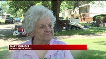 Iowa Residents Say Neighborhood is `Like a War Zone,` Filled With Trash After Flooding a Week Ago