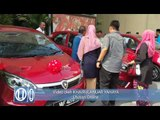 Pemenang cabutan bertuah UMNO 71 terima hadiah