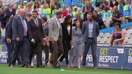 Harry and Meghan wowed by players in Croke Park