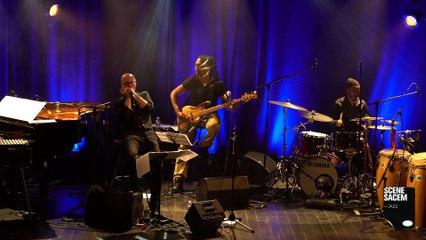 "Olivier Ker Ourio en live ""Largue Pa Tienbo "" - Scène Sacem Jazz"