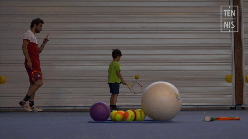 Les vertus de l'utilisation du mur au tennis
