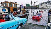 Des voitures amphibies sur les canaux d'Amsterdam
