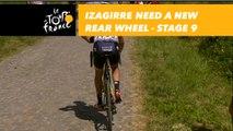 Gorka Izagirre abesoin d'une roue arrière /  need a new rear wheel - Étape 9 / Stage 9 - Tour de France 2018