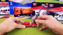 Voitures-jouets : Véhicule des pompiers, Ambulance, Voiture de police, Dépanneuse, Voiture de Poste