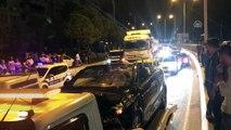 Otomobilin çarptığı baba ve kızı hayatını kaybetti - İZMİR
