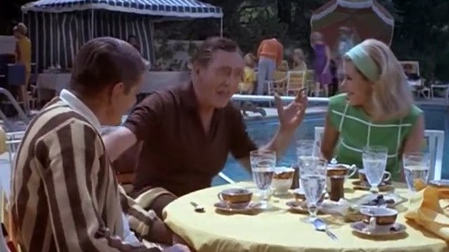 Bewitched S04 - Ep07 BirDes, Bogies, and Baxter HD Watch
