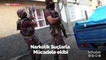 Adana'da uyuşturucu tacirlerine şafak operasyonu