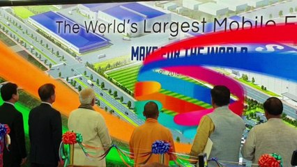 SAMSUNG 35 ACRE PLANT IN NOIDA  THE WORLDS LARGEST MOBILE FACTORY    MAKE IN INDIA   NEWSX TECH