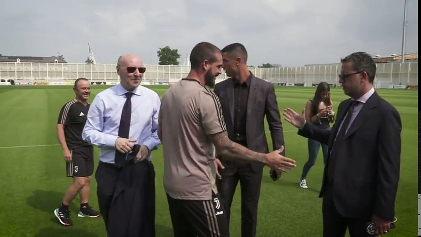 ...The sights and sounds of Cristiano Ronaldo day at Juventus ....