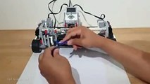 live An Egyptian engineer inventing a robot capable of drawing pictures and drawing Mohammed Salah