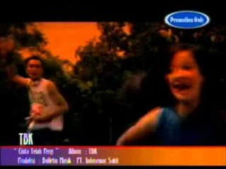 TBK - Cinta Telah Pergi (Official Video Clip)