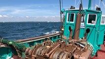 En mer, à bord du Kifanlo, classé monument historique