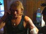 Johnny Hallyday - Tatouage du loup - 1995