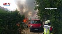 2018-07-21 Gartenlaube brennt in Büttgen - Starke Rauchentwicklung - Fenster geschlossen haltenGartenlaube brennt in Büttgen - Starke Rauchentwicklung - Fenster geschlossen halten