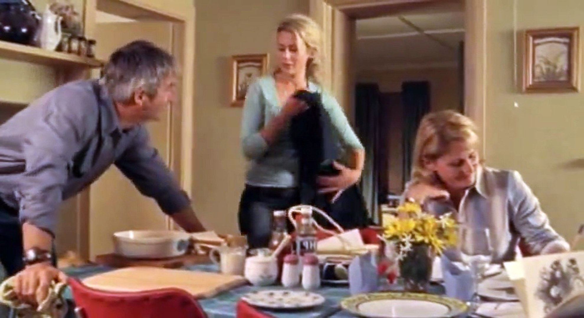 McLeod's Daughters S03 - Ep26 Body Language (aka The Bottom Line) HD Watch