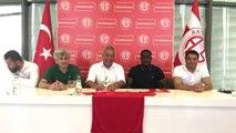 Antalyaspor Aly Cissokho ile Sözleşme İmzaladı