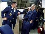 Un sous marin se penche à 29° et voici la réaction des marins dans la cabine