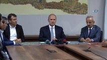 Ulaştırma ve Altyapı Bakanı Cahit Turhan: 'Bu proje İstanbul'un gerek doğu yerleşimlerinde, gerekse batı yerleşimlerindeki trafik hareketini diğer ulaşım altyapısı sistemleriyle de entegre etmiş olacak'