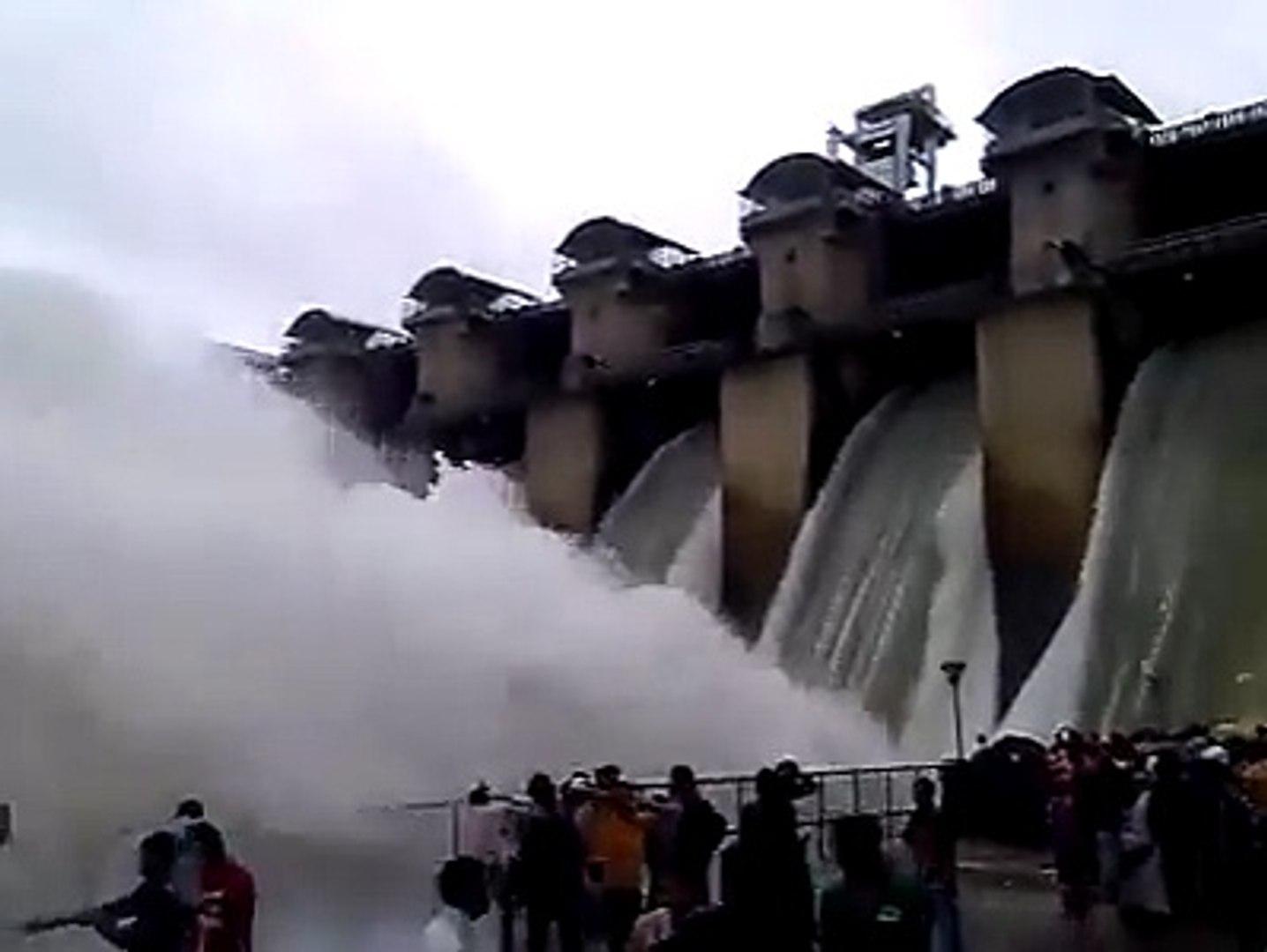 Amazing view of tigra dam gwalior - video Dailymotion