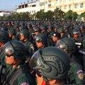 """حکومت کمبودیا روز چهارشنبه به پولیس آن کشور دستور داد تا هر نوع """"هرج و مرج سیاسی"""" در آن کشور را سرکوب کند. این دستور در حالی صادر شد که قرار است انتخابات سرتاسر"""