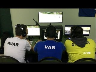 Arbitragem trabalha habilidades específicas para atuação do VAR