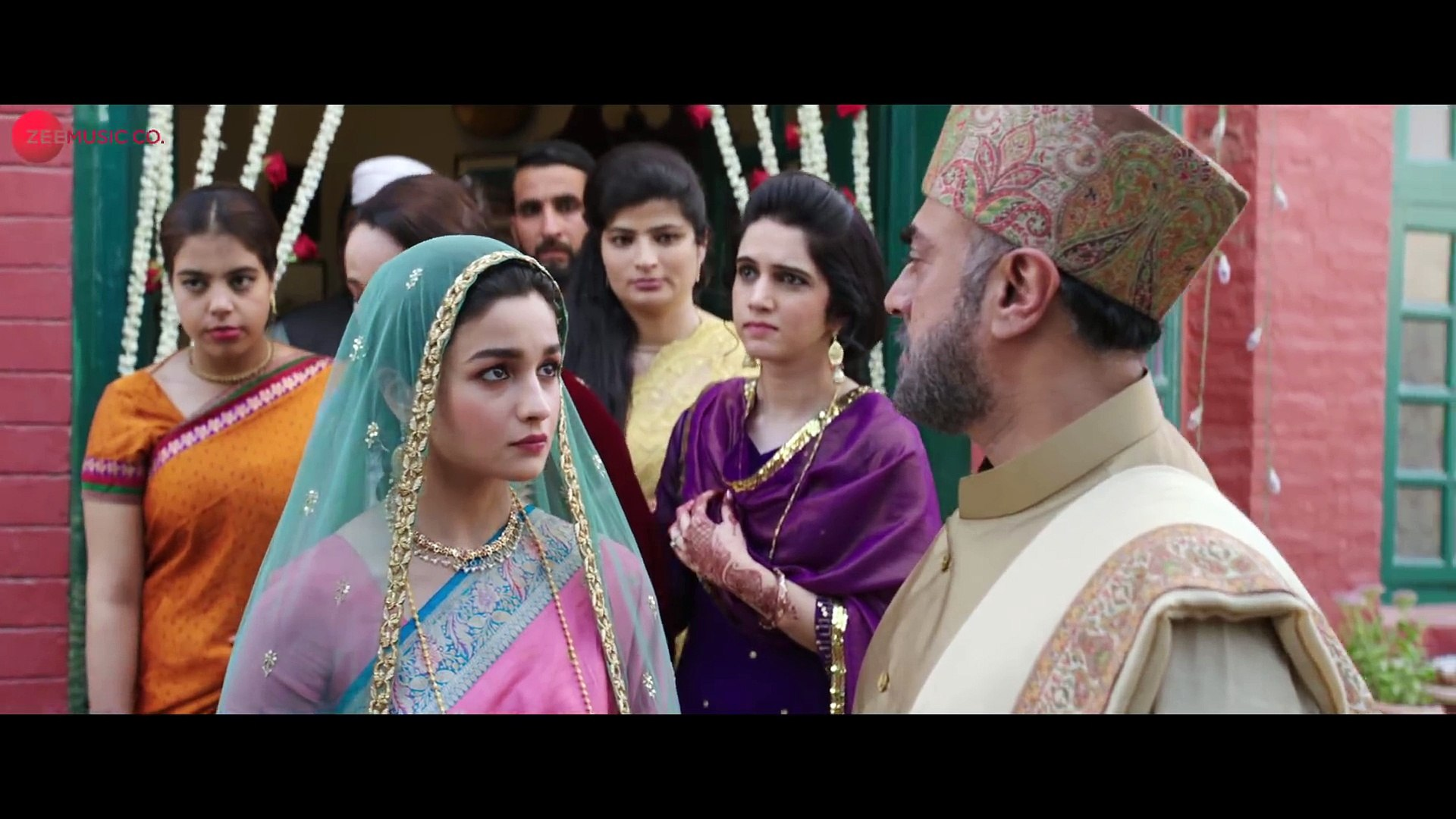 Dilbaro - Full Video _ Raazi _ Alia Bhatt _ Harshdeep Kaur, Vibha Saraf &  Shankar Mahadevan