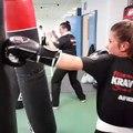 Krav Maga Street Defense Paris -Techniques de défense sur attaques (baton & couteau) www.afkm.fr