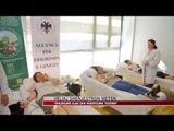 Veliaj: Dhurojmë gjak dhe ndërtojmë teatrin - News, Lajme - Vizion Plus