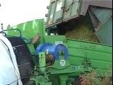 Confection de silo de boudin d'ensilage de maïs