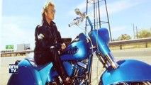 Motos, costumes, photos… Visite de l'expo consacrée à Johnny Hallyday à Paris