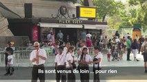 Tour Eiffel fermée: la déception des touristes