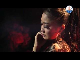 Kasih Tak Sampai - Adella [Official Video]