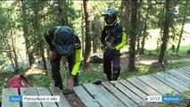 Alpes : patrouilleurs à vélo
