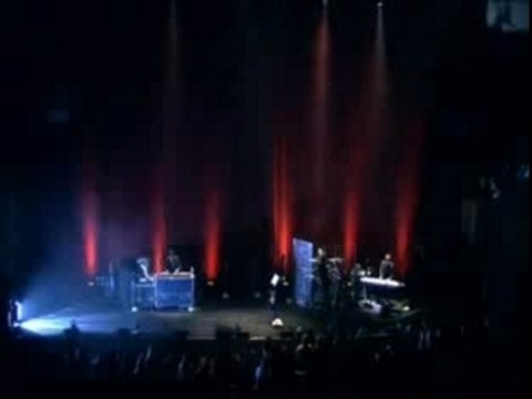 DARREN HAYES - CHAINED TO YOU (SYDNEY 2006)