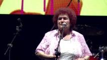 Selda Bağcan & Boom Pam - Yaz Gazeteci Yaz (Çukurova Rock Fest)