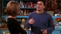 Friends S07E08 The One Where Chandler Doesn't Like Dogs