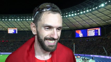 Ramil Guliyev after winning Gold in the 200m
