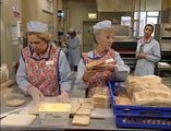 BBC Dinnerladies  S1E1   Monday Comedy)