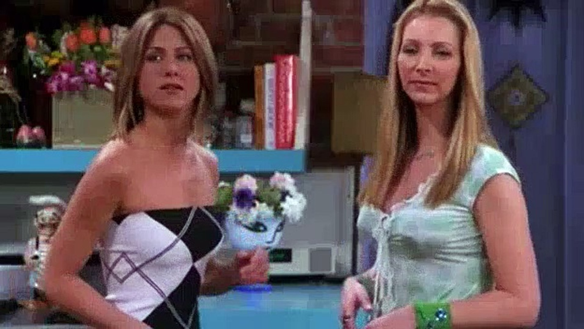 Friends S07E19 The One with Ross and Monica's Cousin