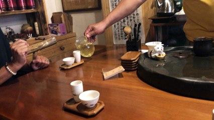 Comment verser le thé à Taiwan