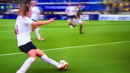 Kadın Futbolcunun Harika Golü